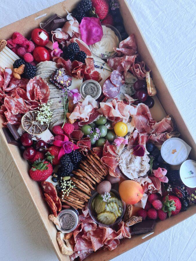 Grazing box
